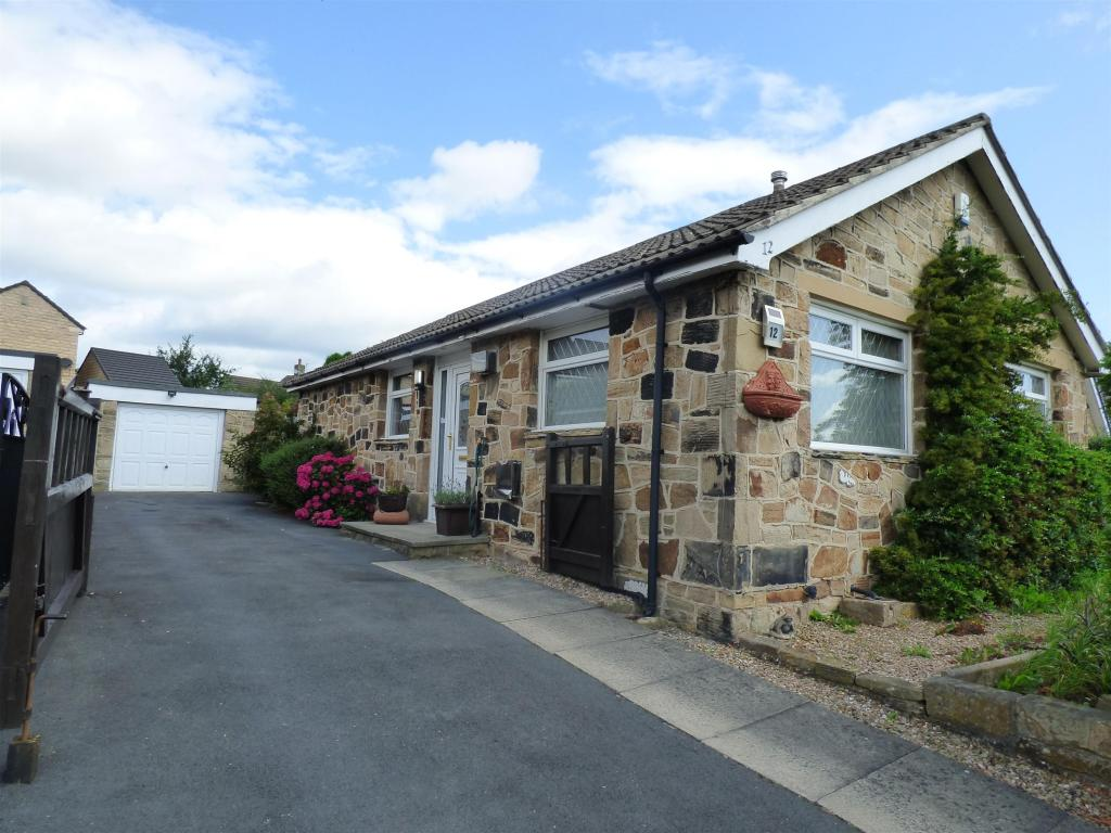 2 bedroom detached house for sale - Lady Heton Drive, Mirfield, WF14 9DZ