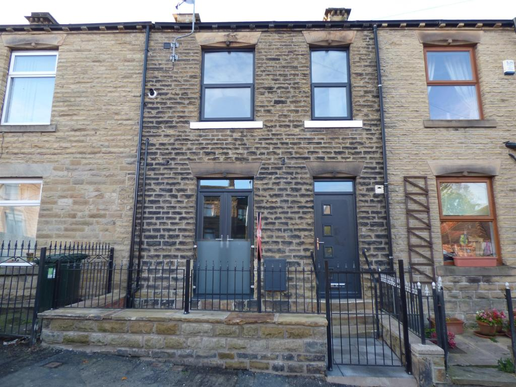 3 bedroom terraced house for sale - Nab Lane, Mirfield, WF14 9BN