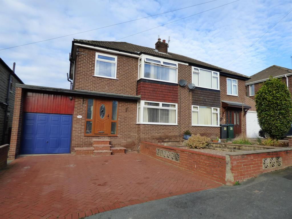 3 bedroom semi-detached house for sale - Beechwood Avenue, Mirfield, WF14 9LG