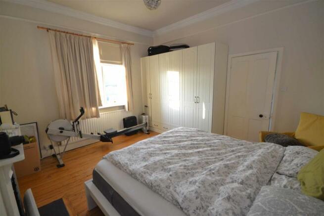 Tinwell - Master Bedroom.jpg
