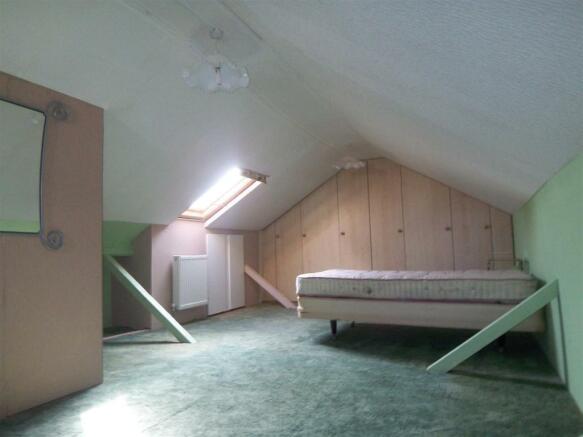 Ingoldsby Rd Bed 2.JPG
