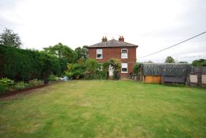 Photo of South Farm Cottages, London Colney, AL2
