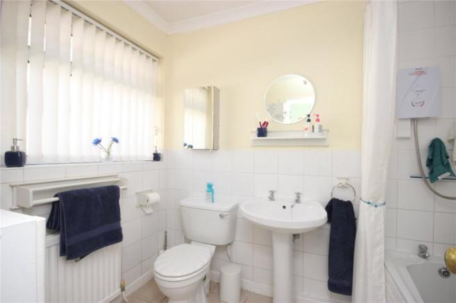 2 bedroom bungalow for sale in Tayman Close, Westbury-On