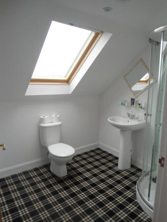 2nd floor Bathroom