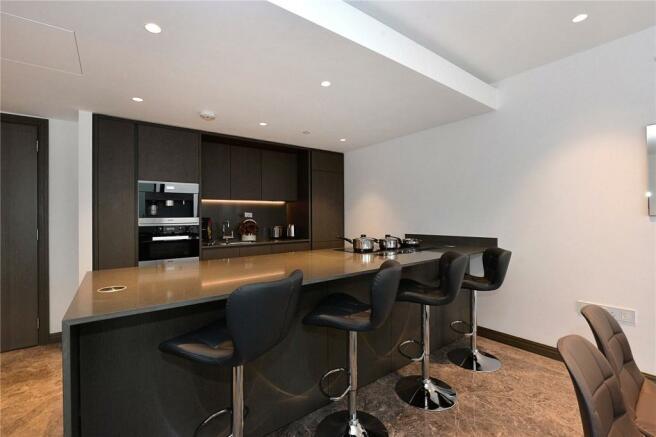 Kitchen, Se1