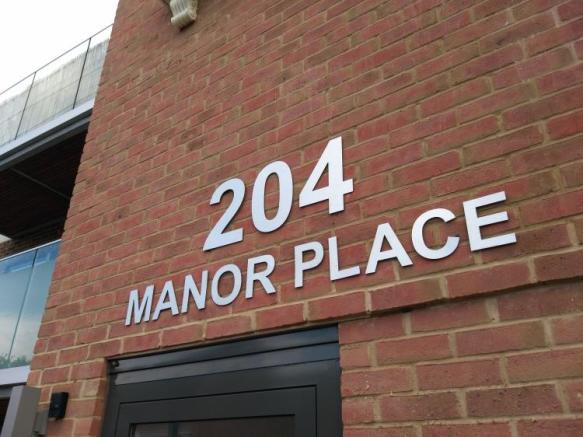 204 Manor Place