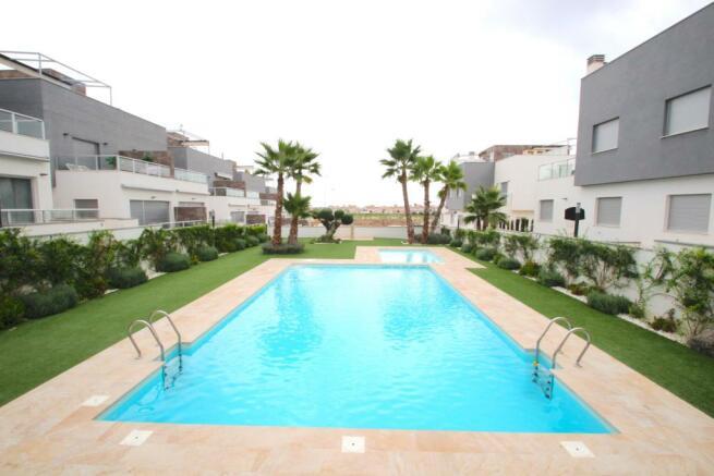 2 beds  in Punta Prima/Alicante Image 9999