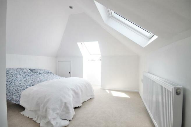 bedroom 1st