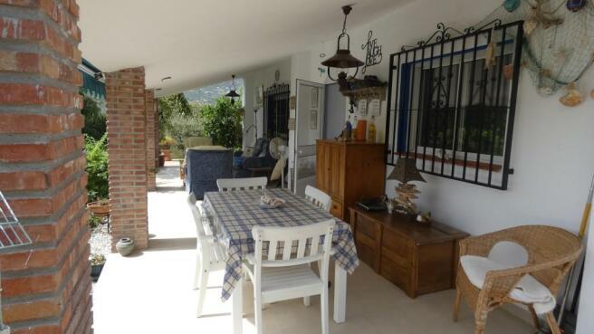 verandah (a)