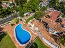 pool house guest hou