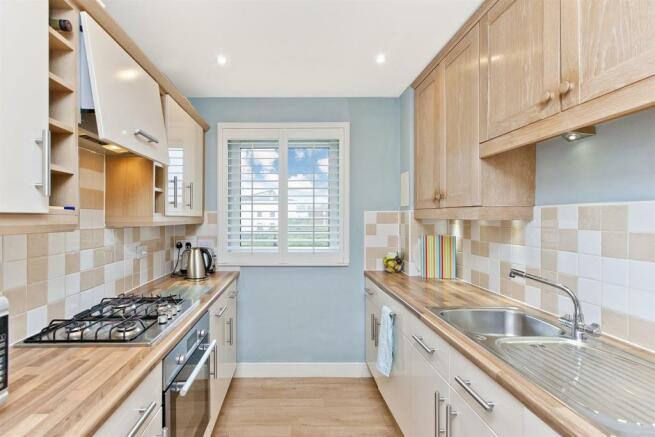 Image 4 kitchen 1.jpg
