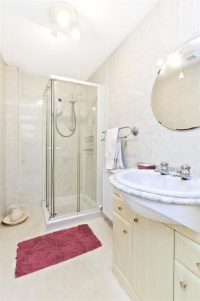 Image 9 shower room.jpg