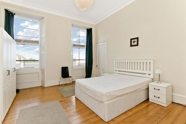 bedroom 1-angle1.jpg