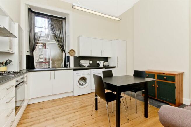 dining kitchen -angle1.jpg