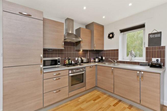 Image 4 living_dining_kitchen 3.jpg