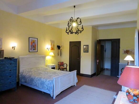 Bedroom 1 - 1st flr