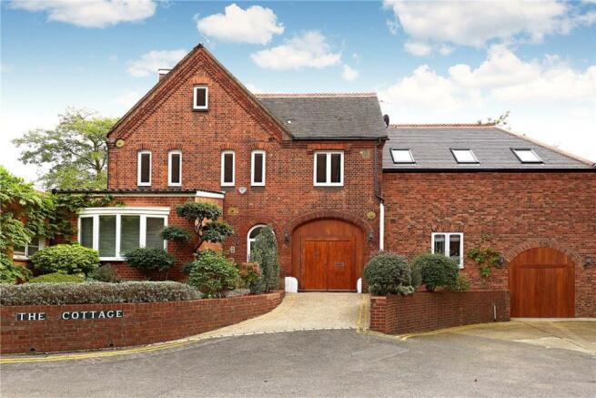 Ross Cottage, Putney