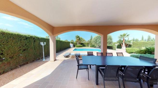 Covered terrace with