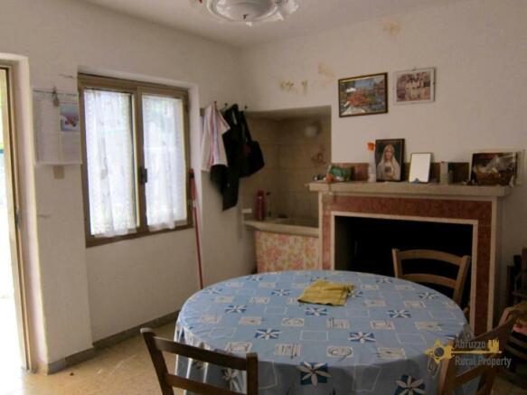Annex's kitchen