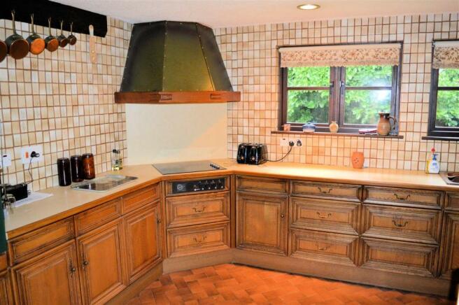 kitchen - breakfast room