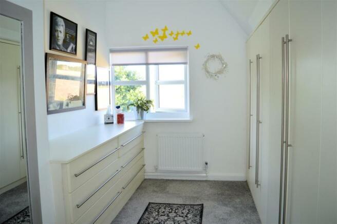 bedroom 2 - dressing room