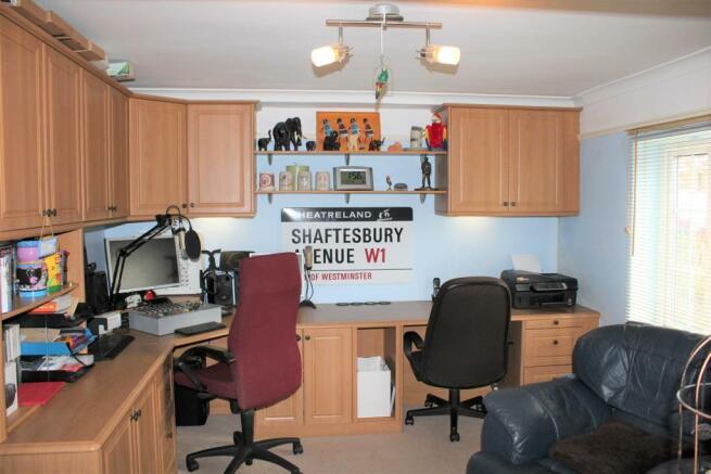 study-bedroom 5