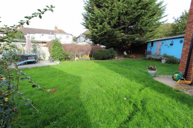 Additional Side Garden