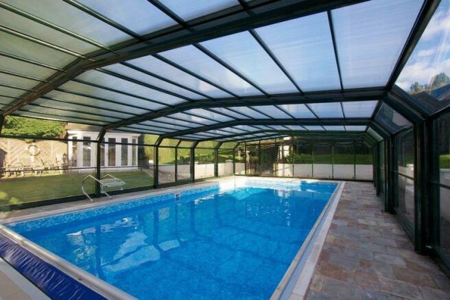 Swimming Pool P