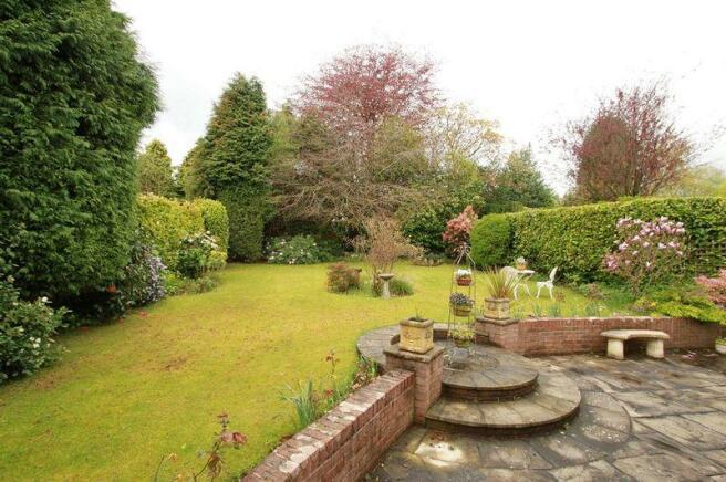 rear garden p