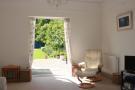 Lounge To Garden