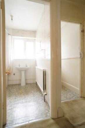 Bathroom & Separate WC