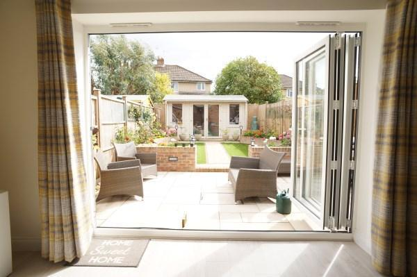 Feature Bi-Folding Doors