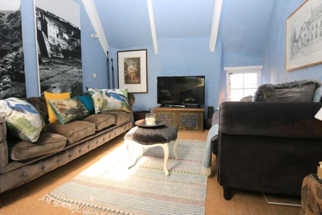 3 Bedroom Character Property For Sale In Fore Street Port