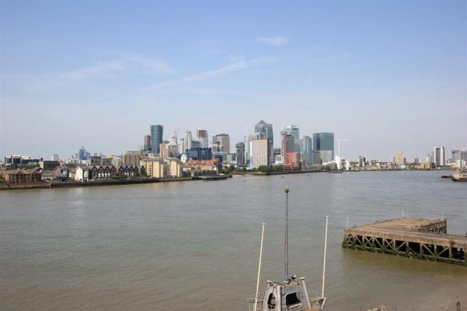 Views towards Canary Wharf