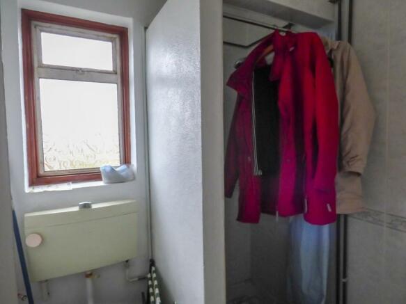 Rear Shower Room