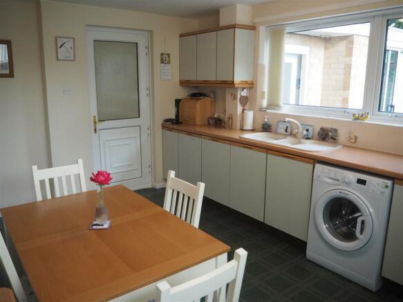 Dining Kitchen 036