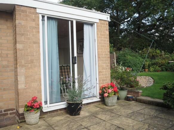 Garden Room External 997