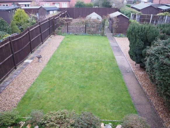 Generous Landscaped Garden 576