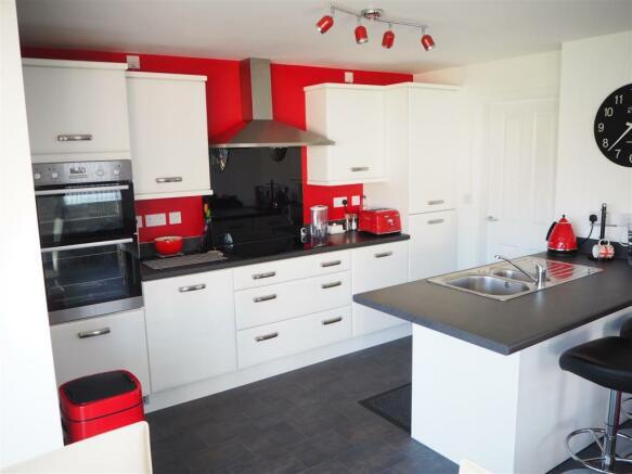 Living Kitchen Diner