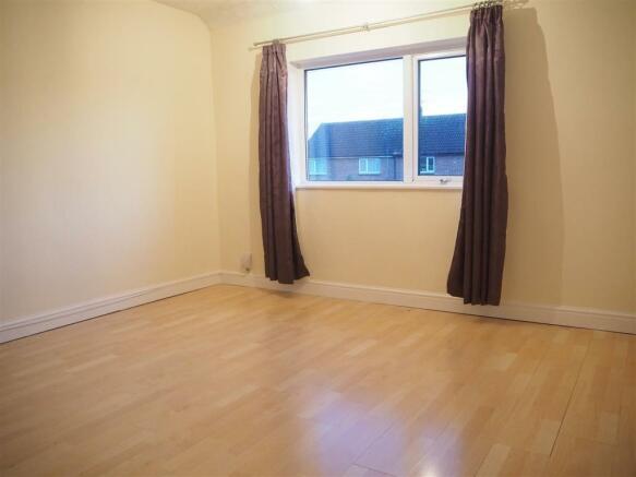 Master Bedroom 700