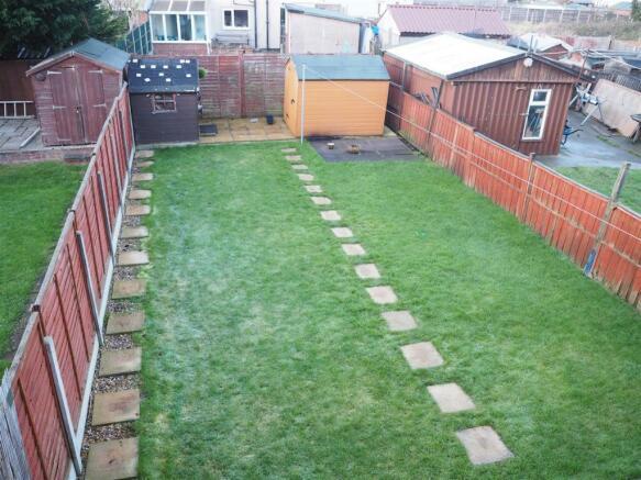 Rear Garden 689