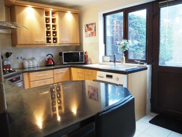 Kitchen 750