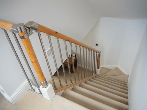 Stairs / Landing 783