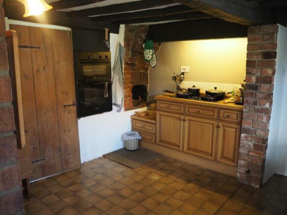 Kitchen 808
