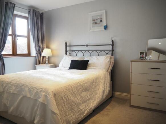 Ground Floor Bedroom 884