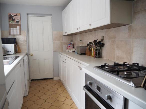 Fitted Kitchen 073