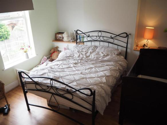 Master Bedroom 974
