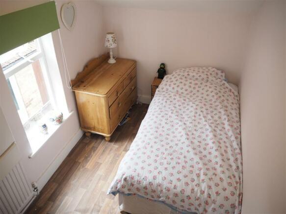 Bedroom 007