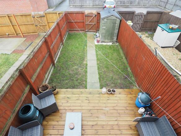 Enclosed Garden 173