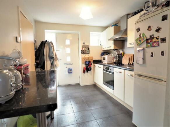 Spacious Breakfast Kitchen 155